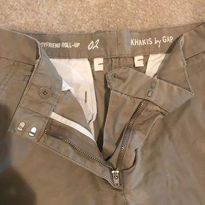 GAP Shorts - 👑 4 for $25👑 khaki roll-up boyfriend shorts EUC